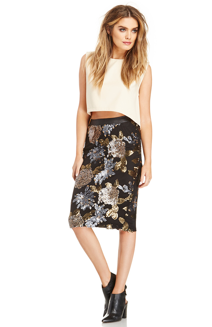 JOA Sequin Pencil Skirt in black XS - L at DAILYLOOK