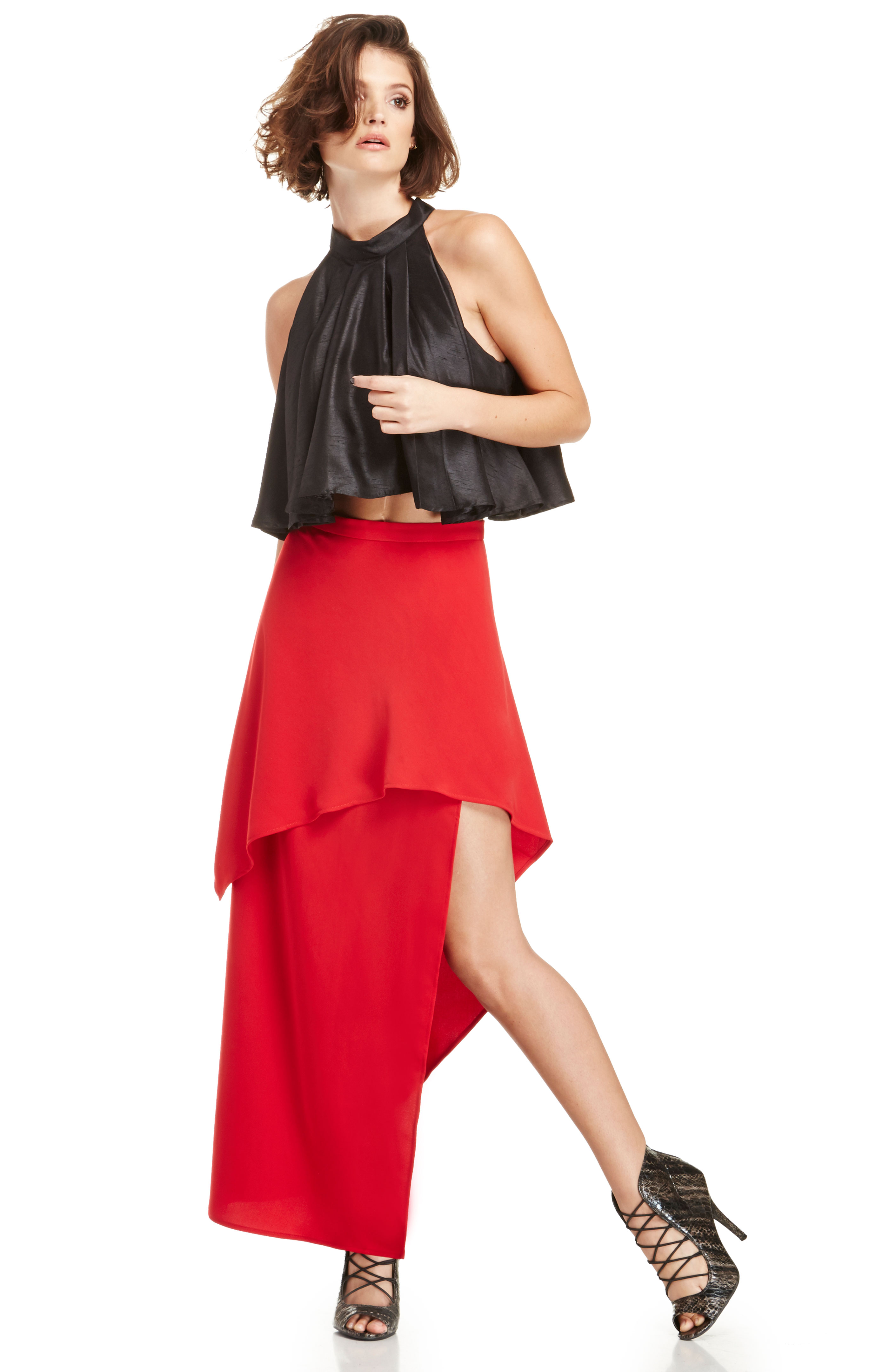 STYLESTALKER Coral Beauty Skirt in red XS - M at DAILYLOOK