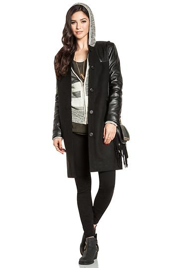 2013 للفتيات من H & M .ماكياج جراند بال